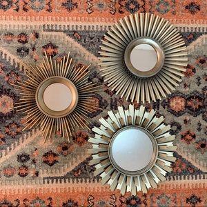 Other - mini sunburst wall mirror set